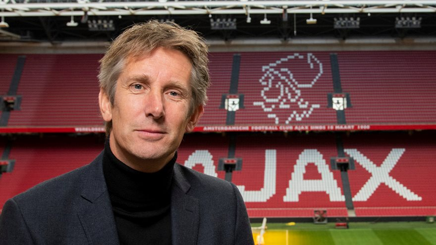 ajax-extends-edwin-van-der-sars-contract-